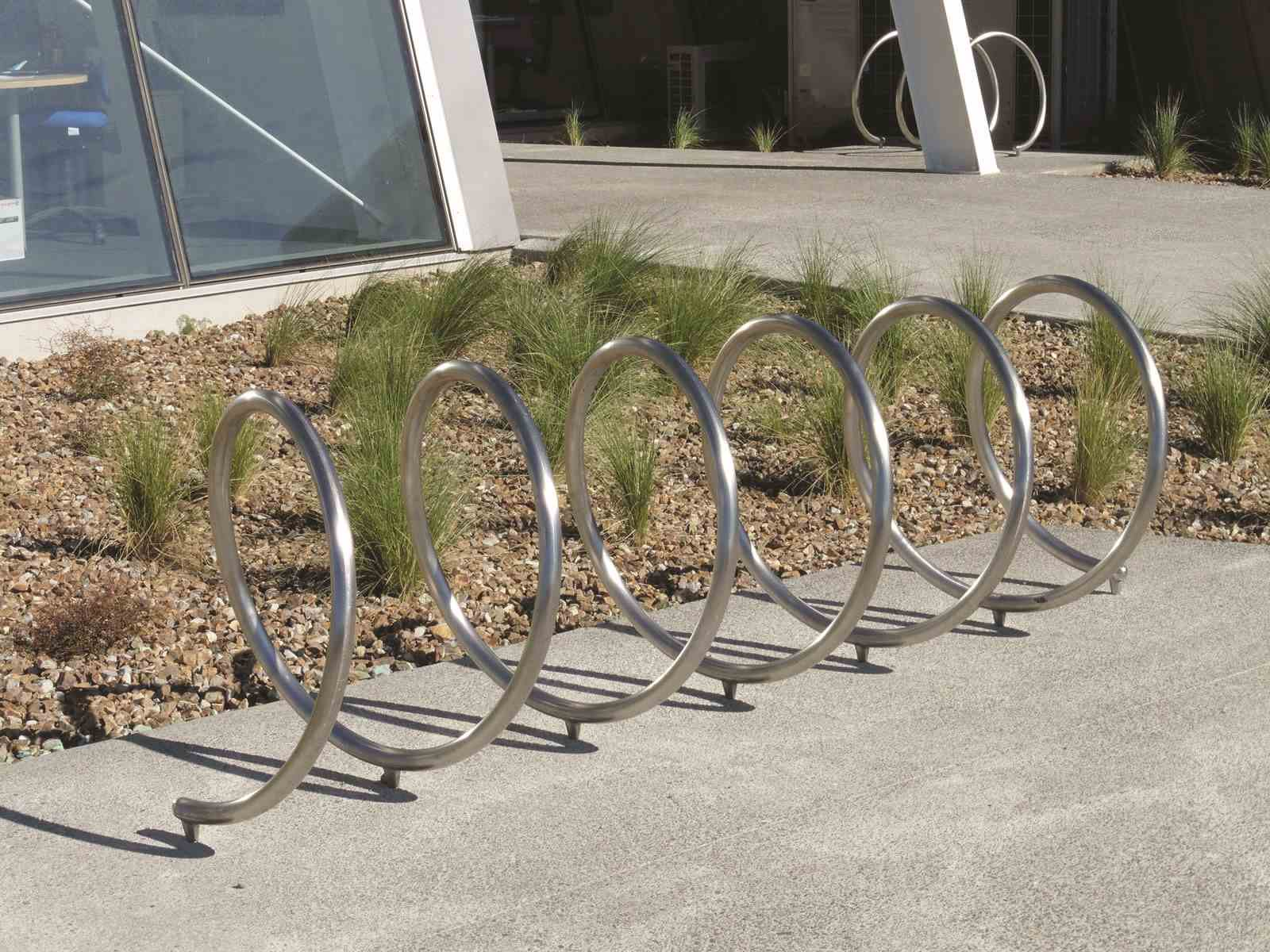Example cycle stand