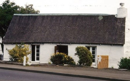 Penfold's Cottage in Ferrymead dates back to 1870.